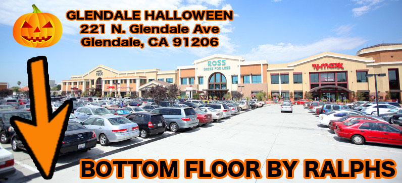 Halloween-Costume-Shop-Glendale-fashion-center
