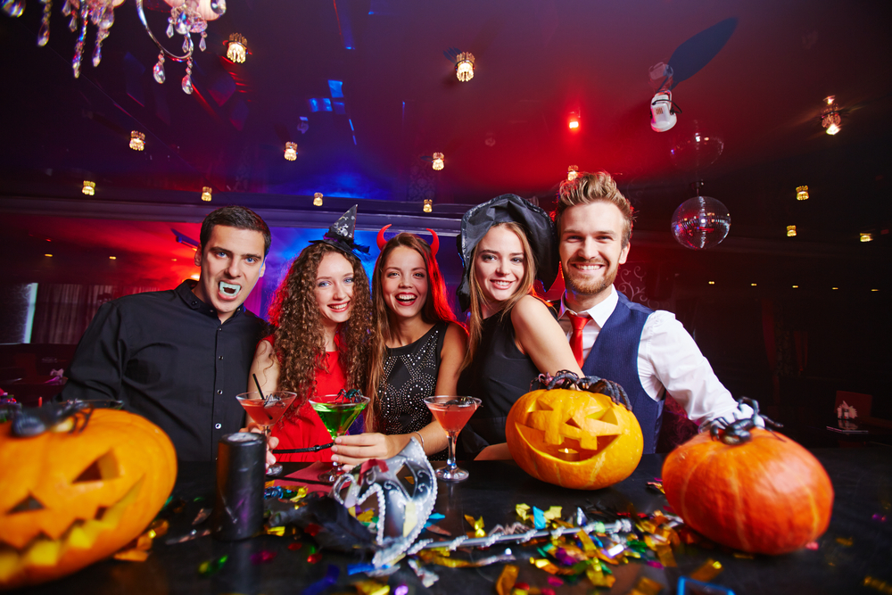 how to buy the best halloween party supplies to celebrate october 31st - Halloween Decoration Stores Near Me